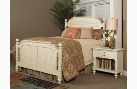 Woodhaven Antique White Finish Poster Bed