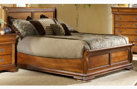 Shenandoah American Oak Finish Panel Bed
