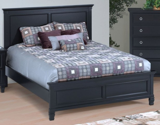 Tamarack Black King Platform Bed