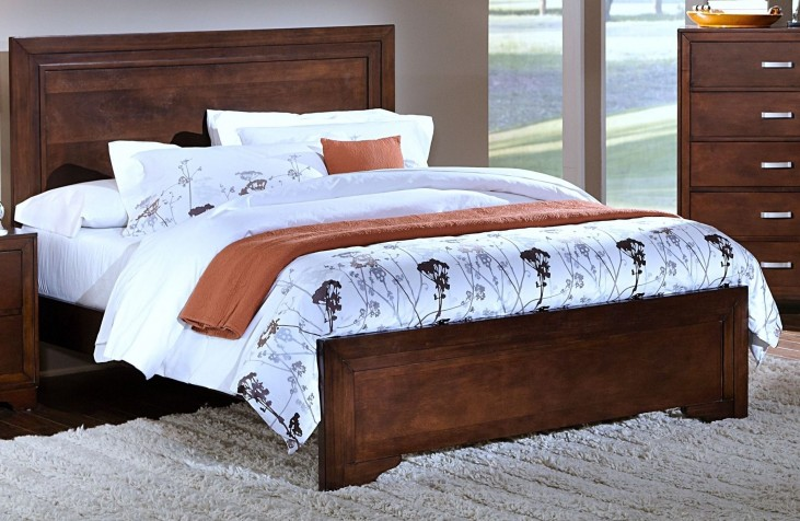 Urbandale Tobacco Queen Panel Bed