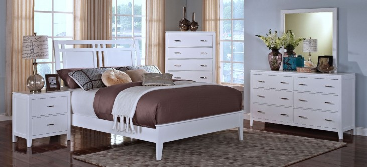 Selena White Sleigh Bedroom Set