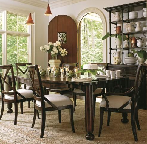 European Farmhouse Terrain Parson's Leg Dining Room Set