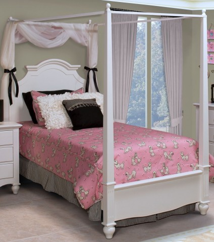 Victoria White Twin Poster Bed