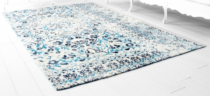 Toungoo Blue Large Rug