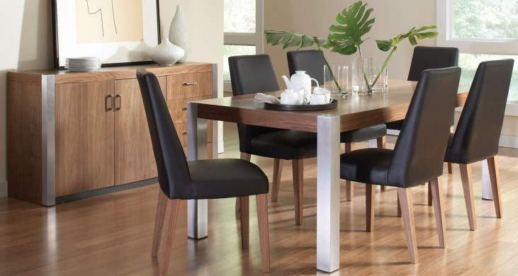 Faccini Medium Brown Rectangular Dining Room Set