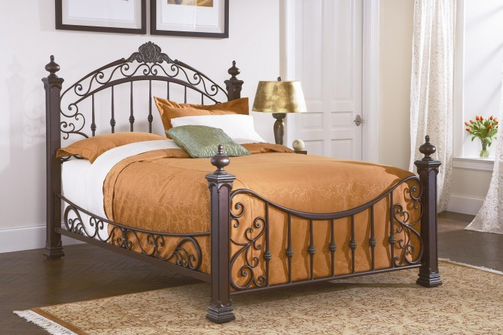 Jackson King Poster Bed