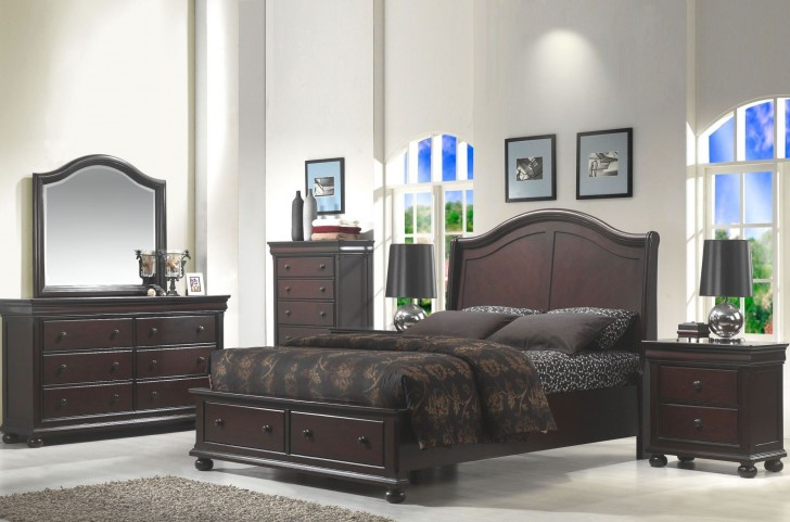Hyde Park Seal Brown Sleigh Bedroom Set