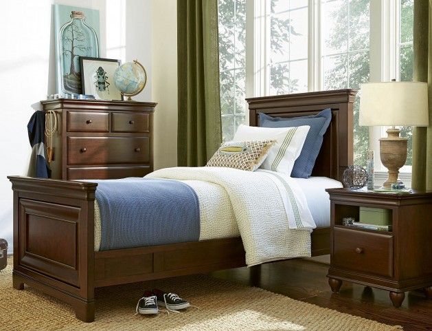Classics Cherry 4.0 Smartstuff Panel Bedroom Set