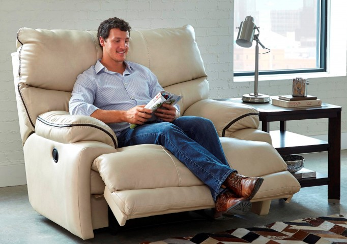 Larkin Buff Power Recliner