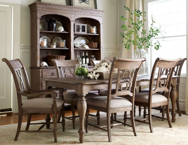Weatherford Heather Canterbury Extendable Dining Room Set