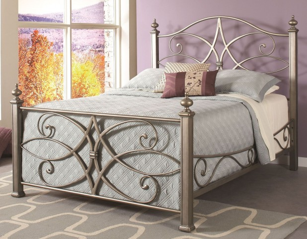 Katrina German Silver Queen Poster Bed