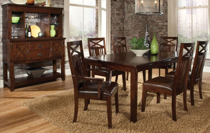 Sonoma Warm Medium Oak Extendable Dining Room Set