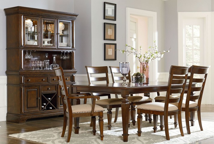 Charleston Tobacco Brown Extendable Rectangular Leg Dining Room Set