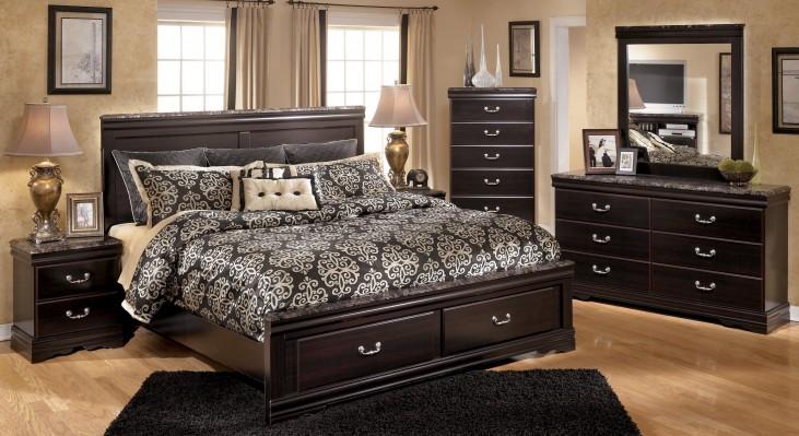 Esmarelda Panel Storage Bedroom Set