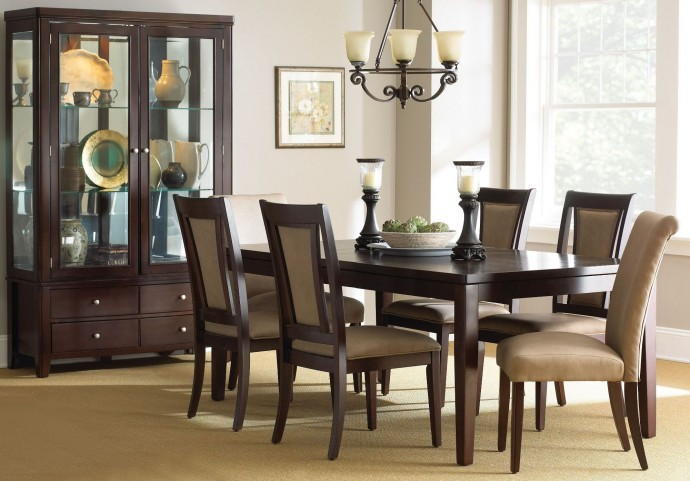 Wilson Merlot Cherry Extendable Rectangular Dining Room Set