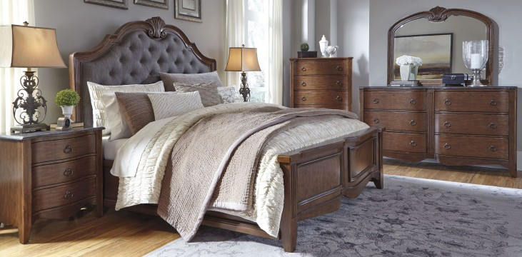 Balinder Medium Brown Upholstered Panel Bedroom Set