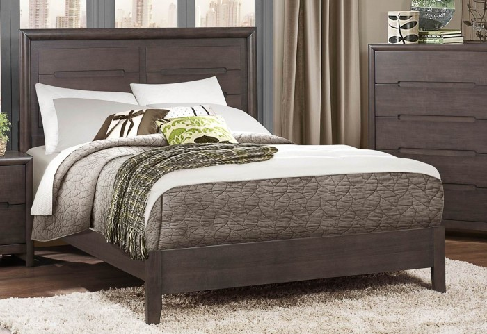 Lavinia Cal. King Panel Bed