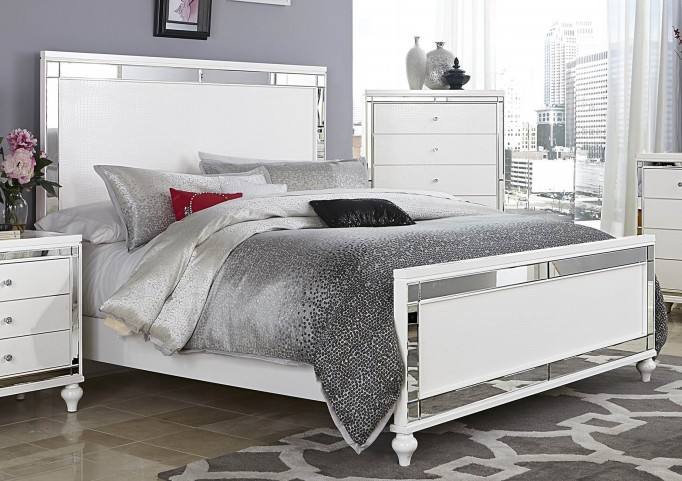 Alonza Bright White King Panel Bed