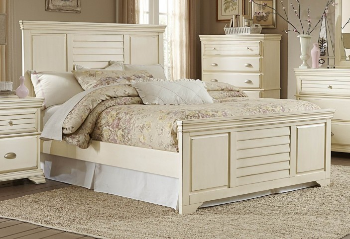 Laurinda Antique White King Panel Bed