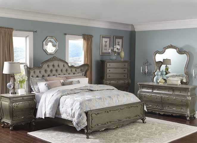 Florentina Gold Wing Panel Bedroom Set