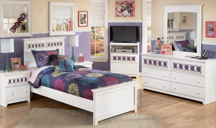 Zayley Youth Panel Bedroom Set