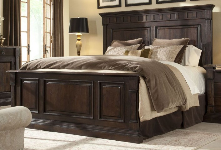 European Villa Umbria Queen Panel Bed