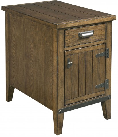 Chairsides Oak Charging Chairside Table