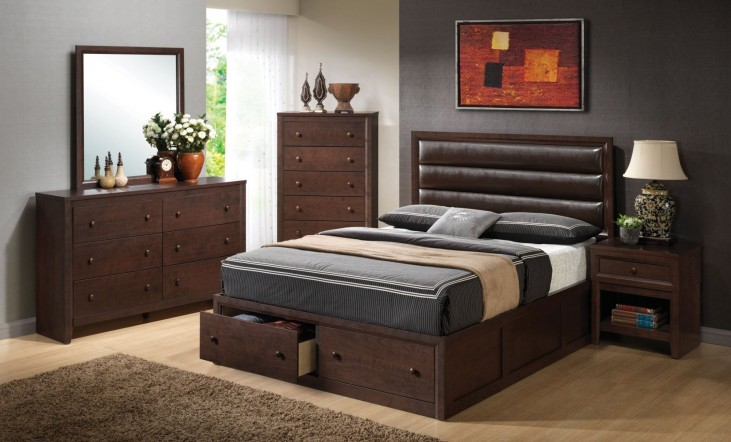 Remington Upholstered Panel Storage Bedroom Set