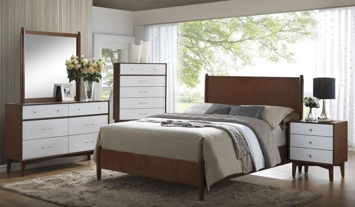 Oakwood Golden Brown Platform Bedroom Set