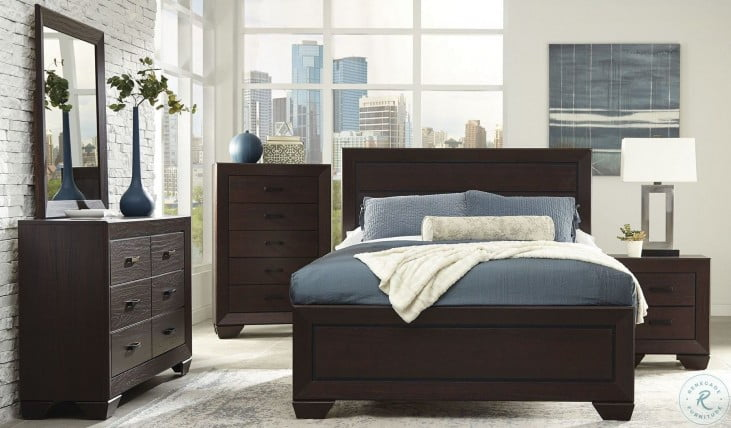 Fenbrook Dark Cocoa Panel Bedroom Set