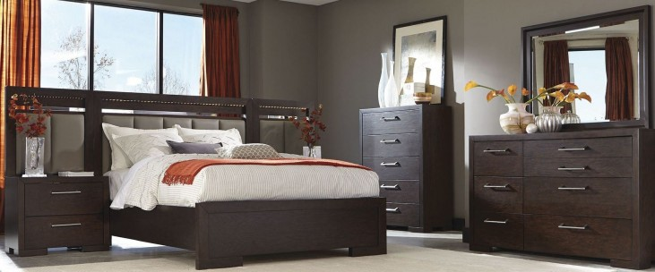 Berkshire Bitter Chocolate Panel Bedroom Set