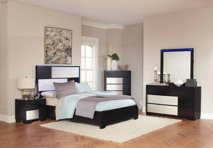 Havering Black and Sterling Platform Bedroom Set