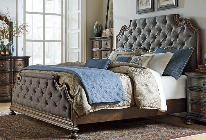 Tuscan Valley Weathered Oak King Upholstered Panel Bed