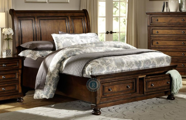 Cumberland Cal. King Platform Storage Bed