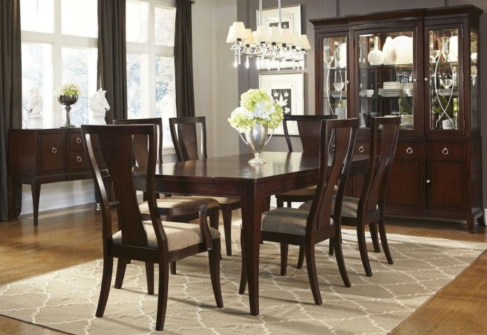 Laurel Heights Extendable Rectangular Leg Dining Room Set