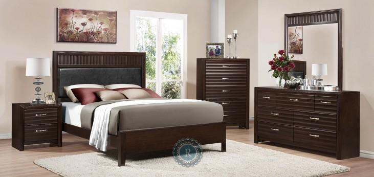 Hilson Panel Bedroom Set