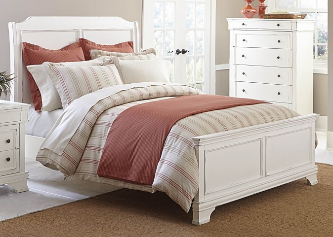 Derby Run White Sand Cal. King Panel Bed