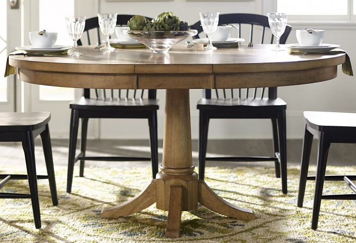 Candler Nutmeg Extendable Pedestal Dining Room Set