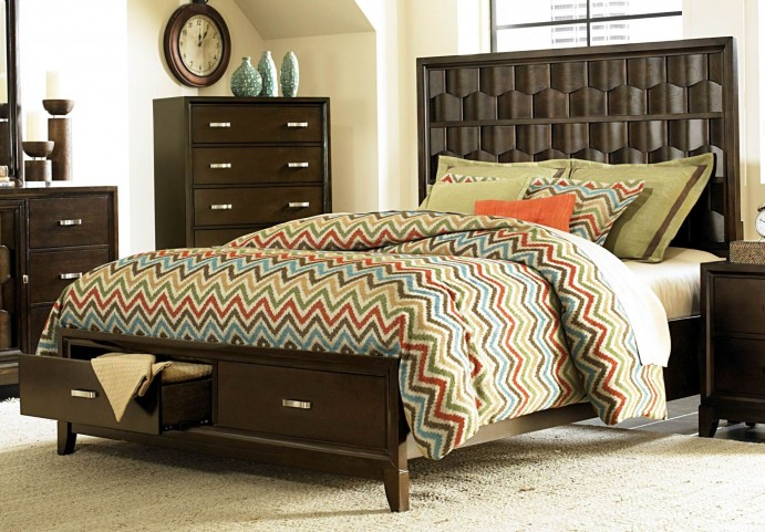 Darien Queen Panel Storage Bed