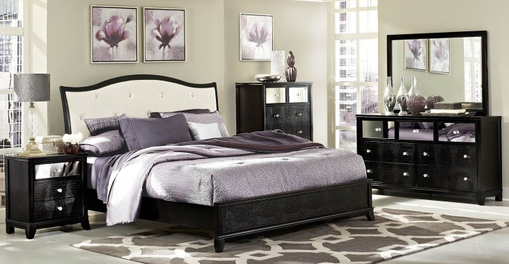 Jacqueline Platform Bedroom Set