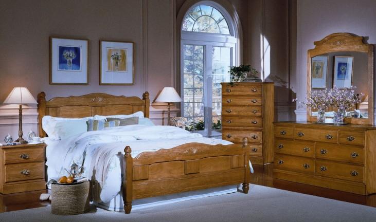 Carolina Golden Oak Panel Bedroom Set