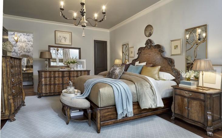Continental Weathered Nutmeg Panel Bedroom Set