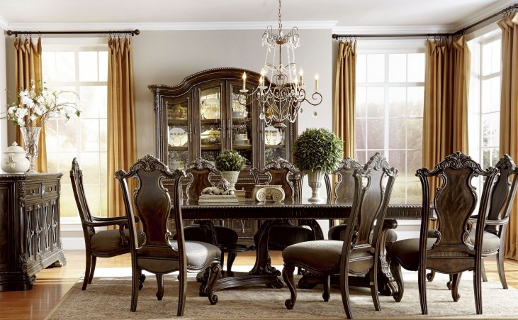 Gables Double Pedestal Extendable Dining Room Set