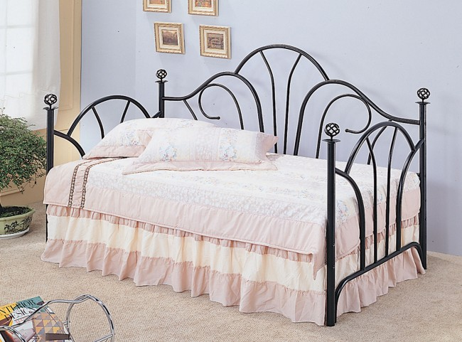 Black Twin Metal Frame Day Bed