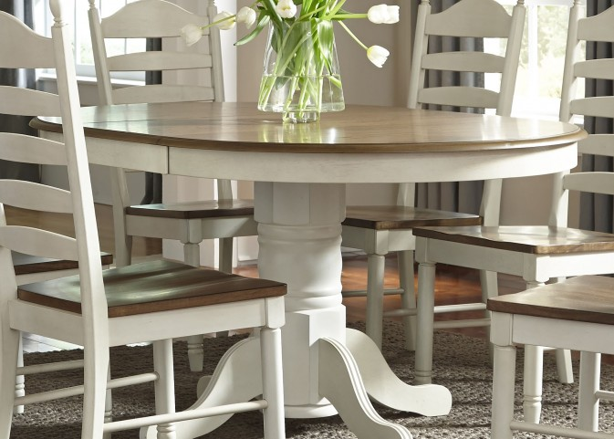 Springfield Honey and Cream Extendable Pedestal Dining Room Set