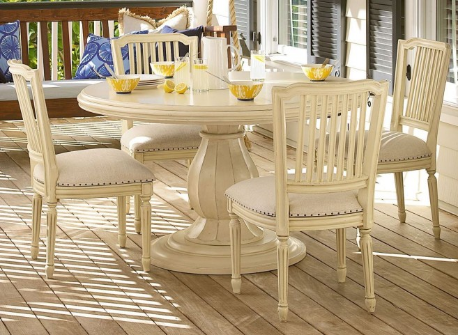 Riverhouse River Boat Round Pedestal Extendable Dining Room Set