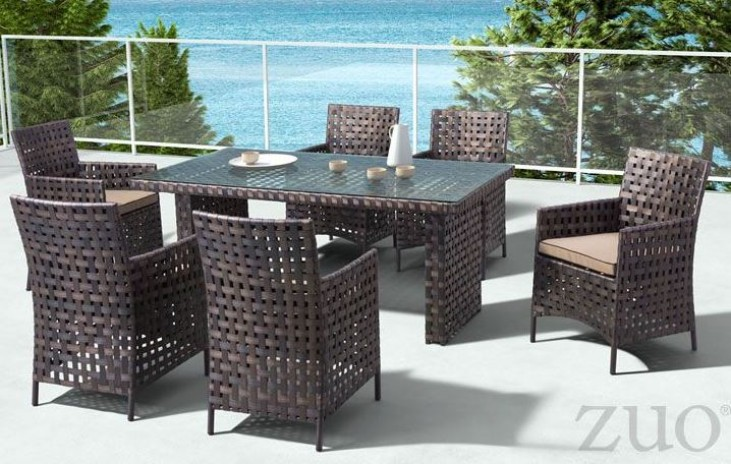 Pinery Brown Rectangular Dining Room Set
