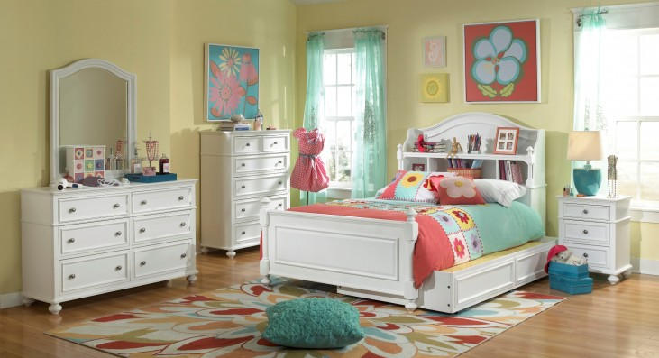 Madison Bookcase Bedroom Set