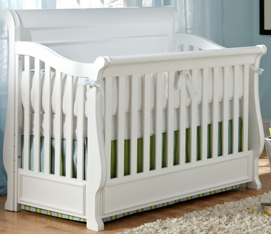 Madison Grow With Me Convertible Crib