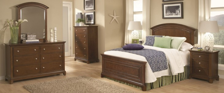 Impressions Classic Clear Cherry Panel Bedroom Set
